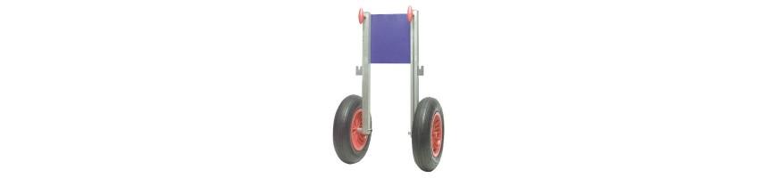 roues de halage et de mise à l'eau fixes ou relevables.