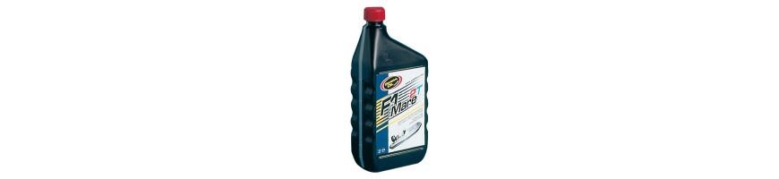 Nettoyant moteur et lubrifiant pour bateau